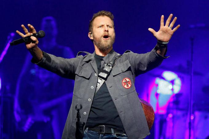 Dierks Bentley, Jon Pardi & Tenille Townes at Verizon Wireless Amphitheatre at Encore Park