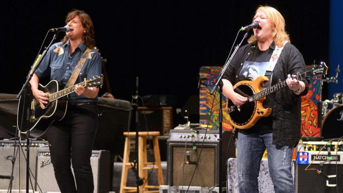 Drive-In Concert: Indigo Girls at Ameris Bank Amphitheatre